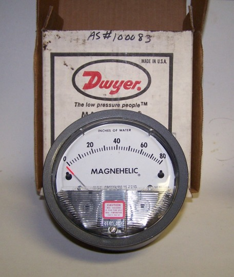 Dwyer Magnehelic Pressure Gauge Model 2080